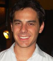 Vinicius C Oliveira