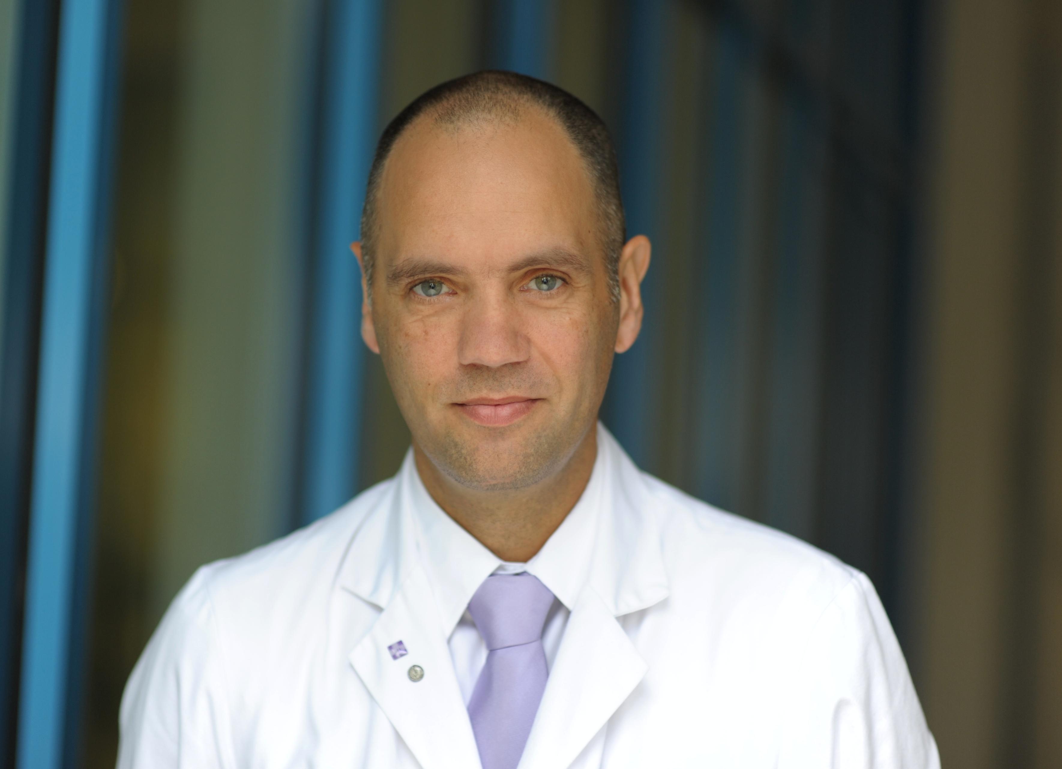Dirk  Bulian
